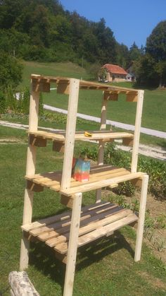 Pallet shelves #Pallets, #Shelves