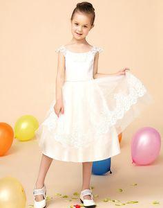 10aca472a8 16 Best Flower Girl Dresses images