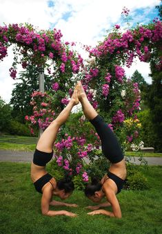 Yoga in Classrooms Help Kids Develop Better Skills yoga poses for two people Couples Yoga Poses, Yoga Poses For Two, Partner Yoga Poses, Cool Yoga Poses, Couple Yoga, Figure Yoga, Namaste, Photo Yoga, Yoga Ashtanga