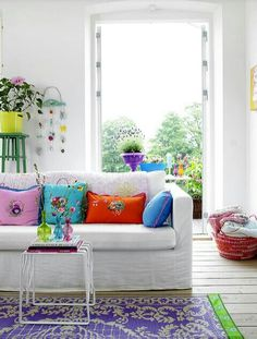 Colourful living room Colourful Living Room, Bright Rooms, Living Room Colors, Living Room Designs, Living Spaces, Living Rooms, Living Area, Colorful Rooms, Family Rooms