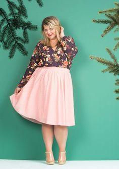 db903870357 Plus Size Floral Wrap Top Looks Plus Size