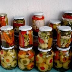 A savanyúságok titkos összetevője, amit soha ne felejts el! Pickles, Cucumber, Mason Jars, Cooking Recipes, Favorite Recipes, Canning, Vegetables, Drinks, Food