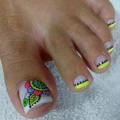 Discover the 10 most popular nail polish colors of all time! - My Nails Cute Toe Nails, Toe Nail Art, Love Nails, Fun Nails, Summer Toe Nails, Nail Art Brushes, Diy Nail Designs, Pedicure Nails, Nail Decorations
