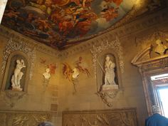 Inside the Magnificent Chatsworth....Chatsworth House is a stately home in the county of Derbyshire in the East Midlands region of England.