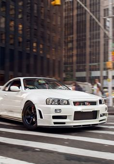 FB : http://urlext.com/learningphotography The place for JDM Tees, pics, vids, memes & More THX for the support ;) #gtr #nissan #r34
