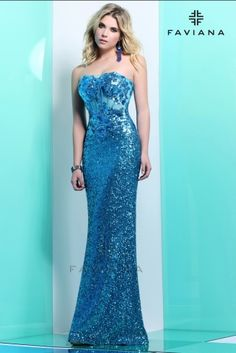 pStrapless Sequin with floral detail over Mesh bodice/p