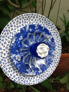 Blues and whites.  Looks great on an easel in the kitchen too!  MiMi's Plate Flowers
