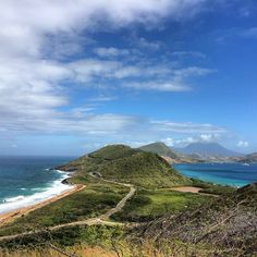 Where the Atlantic meets the Caribbean. Photo by cpt_ross