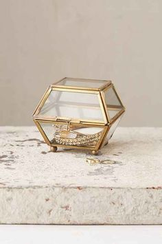 This little faceted glass piece is perfect anywhere - on the counter, by the bedside or on the shelf! Made by Magical Thinking and only at UO.