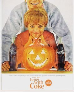 Wow who else loves this vintage Halloween themed Coca-Cola advert?
