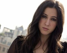 Vanessa Carlton saw her when she opened for Stevie in OH. Nick Jonas Smile, Vanessa Carlton, Dream Dates, Elizabeth Gillies, Thomas The Tank, Her Music, My Favorite Music, Music Bands, Music Artists