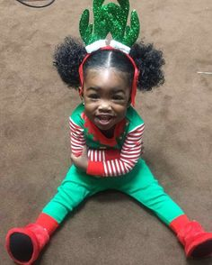 """Christmas pictures yesterday with mommy and daddy """"I WAS SUPER READY """"  #Cheese♥️"""