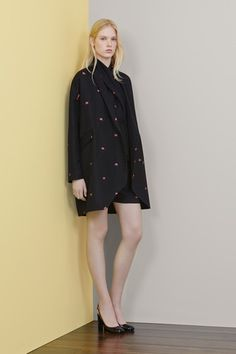 Mulberry Resort 2015 Collection Slideshow on Style.com
