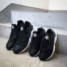 hot sale online 31200 2901b Nike Id, Nike Air Huarache, Huaraches, Detail, Nike Sportswear, Black And