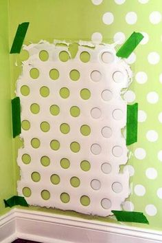 Use the bottom of an old laundry basket to craeate a perfect polka dot stencil