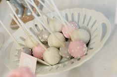 Cake Pops- for the kids at the wedding. CUTE!