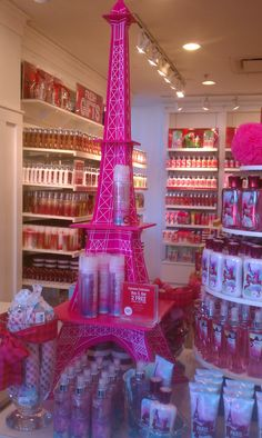 love this for my dream walk in closet!! Eiffle Tower from bath and body.