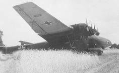 Messerschmitt Me 323 Gigant Cargo Aircraft, Ww2 Aircraft, Ww2 Pictures, Historical Pictures, Luftwaffe, Flying Boat, Ww2 Planes, Aircraft Design, Helicopters