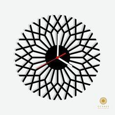 Optical Illusions Geometric Wall Clock Osaree http://www.amazon.com/dp/B014T2MRH8/ref=cm_sw_r_pi_dp_vlocwb0ATBZ4M