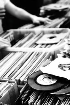Vinyl is not dead - So trueeeeeeee!!