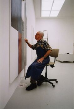 Gerhard Richter.  See The Virtual Artist gallery: www.theartistobjective.com/gallery/index