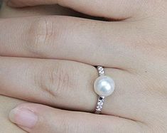 Elegant white freshwater pearl ring by Pearlpalace on Etsy 4800  Pearls Only