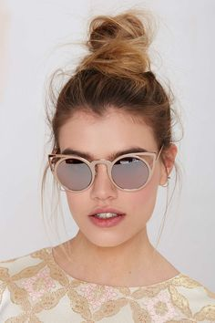 Quay Invader Shades - Pink | Shop Accessories at Nasty Gal!