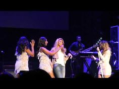 Toni Braxton - Family Moment/ I Love Me Some Him (live in Brooklyn) - YouTube