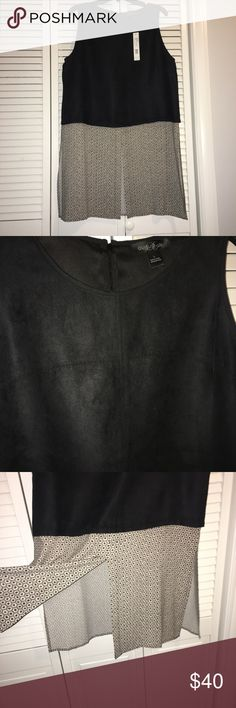 August Silk Tunic Amazing Tunic! Upper material its like Suede! Zip in the Back! august silk Tops Tunics