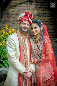 Wedding couple poses, indian wedding couple photography и wedding couple ph Indian Wedding Poses, Indian Wedding Couple Photography, Wedding Couple Photos, Indian Wedding Hairstyles, Bride Photography, Couple Photography Poses, Indian Weddings, Indian Bridal, Wedding Couples