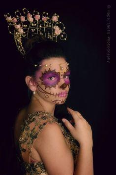 Golden Queen - Makeup: Unique Irish   Photography: Hope Shots Photography