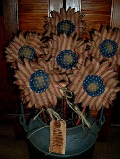 PRIMITIVE DECOR~SIX RED TICKING SUNFLOWER POKES~AMERICANA