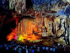 Awesome Cango caves / Oudtshoorn South Africa