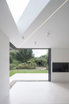 Modern Living Spaces // oversized window and wonderful high ceilings in this London house extension by Tigg Coll Architects Light Architecture, Interior Architecture, Interior And Exterior, Computer Architecture, Architecture Awards, Architects London, London House, House Extensions, Victorian Homes