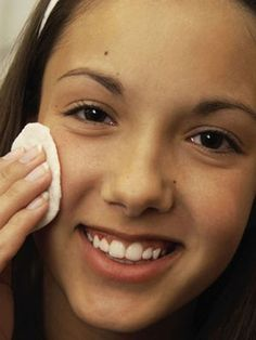 Keep Skin Clear Of Zits With These Tips - http://getridofacnescars.info/keep-skin-clear-of-zits-with-these-tips/