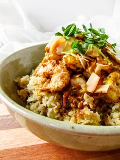 """Curried Haddock & Shrimp Over Coconut Cauliflower """"Rice"""" - A not-so-rice rice dish with delicious heat, curry love and coconut! Coconut Cauliflower Rice, Green Curry Sauce, Detox Soup, Toasted Coconut, Rice Dishes, Main Dishes, Rice Recipes, Seafood Recipes, Recipies"""