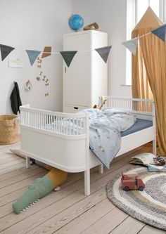 The Sebra Bed Junior and Grow is a sequel to the Sebra Cot Bed, created for your growing family. The bed can be used as a junior bed, and as the child grows, the bed can be pulled out to a full size adult single bed. Baby Crib Bumpers, Cot Bumper, Baby Cribs, Twin Baby Beds, Peluche Crocodile, Junior Bed, Knitted Cushions, Large Beds, Cot Bedding
