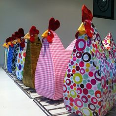 Papier Mache Sculpture   Papier Mache sculpture hens with Kyrstyna ...   Projects made at Enni ...