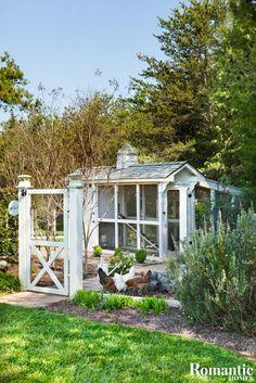 House Tour: Happy Days Farmhouse - Romantic Homes