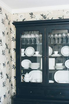White dishes look so beautiful in this country cupboard room design with china cabinet 14 Ways to Decorate Like a French Woman Farmhouse Dining, China Cabinet Decor, Home Furnishings, Home, Dish Cabinet, Cabinet, Cabinet Decor, Diy Cupboards, Country Cupboard
