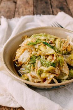 Stir-Fried Lettuce, A Healthy Cooked Lettuce Recipe - The Woks of Life Vegetable Side Dishes, Vegetable Recipes, Cooking Vegetables, Asian Vegetables, Asian Recipes, Healthy Recipes, Ethnic Recipes, Chinese Recipes, Healthy Food