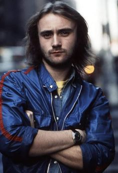 Rock and pop singer songwriter and musician Phil Collins poses for a portrait on November 20 1973 in New York City New York Peter Gabriel, Phil Collins, Steve Winwood, Bryan Adams, Rod Stewart, Rock Music, My Music, Banks, Mike Rutherford