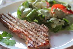 Wiosenna sałatka z grillowanym stekiem z tuńczyka (3)