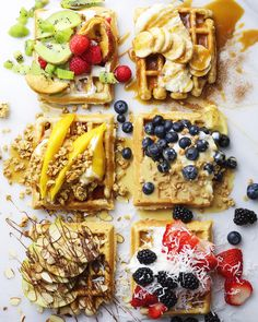 Waffle Toppings - 6 different ways Brunch Recipes, Wine Recipes, Food Network Recipes, Cooking Recipes, Churros, Croissant, Food Definition, Waffle Toppings, Breakfast Dessert