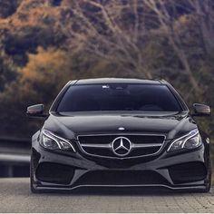 Slammed E Class Coupe #mercedes #mercedesbenz #slammed #eclass #coupe #illest #stance #hellaflush #boss #clean #widebody #adv1 #hrewheels #vossen #rotiform #mbusa #car #cars #tuner #superstreet #blacklist