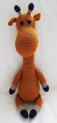 Cutie.  Free giraffe pattern.