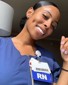 Them Dimples 💋😍💯💯 Credit Beautiful Nurse, Beautiful Black Women, Brown Skin, Dark Skin, Nursing Goals, Nursing Career, Oldschool, Black Girls Hairstyles, Dimples