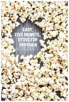 Easy 5-Minute Stovetop Popcorn   www.cookingandbeer.com   @jalanesulia