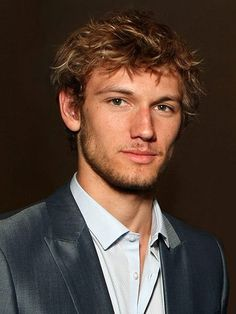 Alex Pettyfer - ok he really does fit the description of Christen Grey...now whether he could play the part I don't know. Guess I will have to watch Magic Mike to find out:p