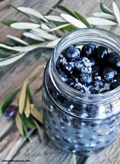 Ev yapımı siyah zeytin/ sele zeytini Blackberry, Olive Oil, Healthy Recipes, Meals, Fruit, Cooking, Food, Power Supply Meals, Baking Center
